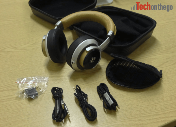 ferrari cavallino t350 headphones - cables and accessories
