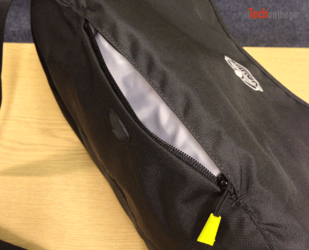 vaude mantis 17-7 laptop bag - top pocket