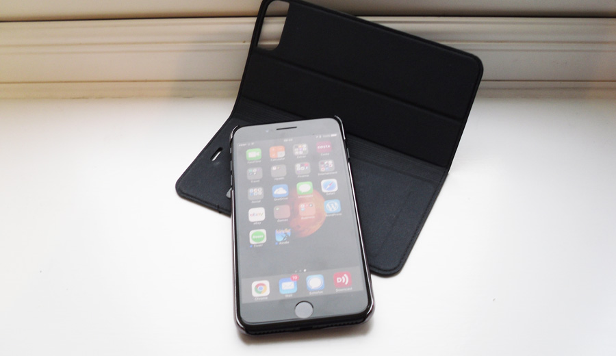 cygnett-iphone-7-plus-case-review-detatched-front