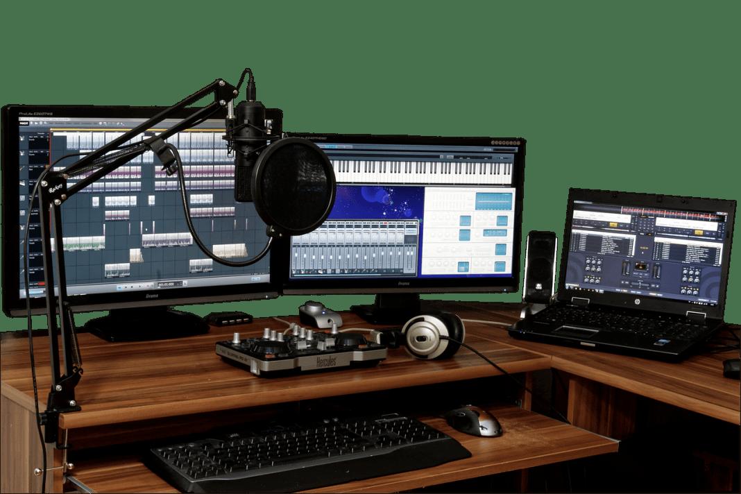 recording-studio-blogger-setup-studio-1003635_1280