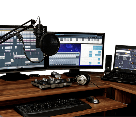 recording-studio-blogger-setup-studio-1003635_1280