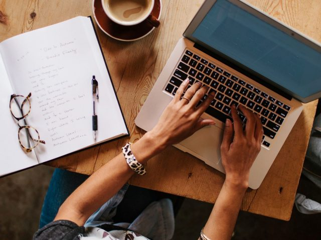 Online Jobs to Earn Extra Revenue - Become a Freelance Writer