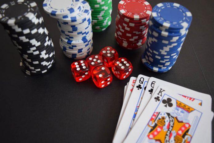 gambling-pexels-pixabay-269630